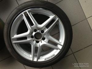 Mercedes AMG Felge - Entfernung eines Bordsteinschaden